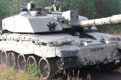 Marek commanding a British Challenger tank