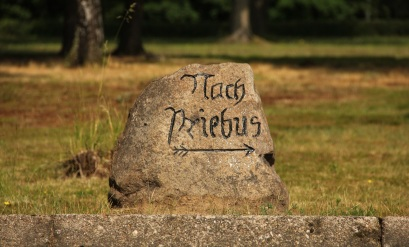 nach priebus stone sign (4)