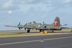 DSC_0423A B-17 (3)