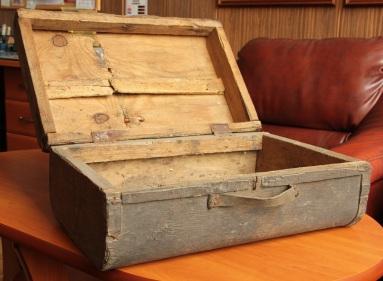suitcase02 (2)
